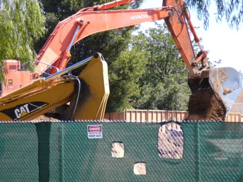 Palo Alto Medical Foundation Giant Excavator Digging feet away from residential homes on Jarvis Court, Sunnyvale