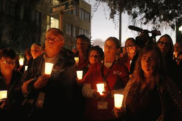 Strike nurses hold candlelight vigil for deceased patient Sunday at 7 p.m._Dylan Entelis_The Cronicle